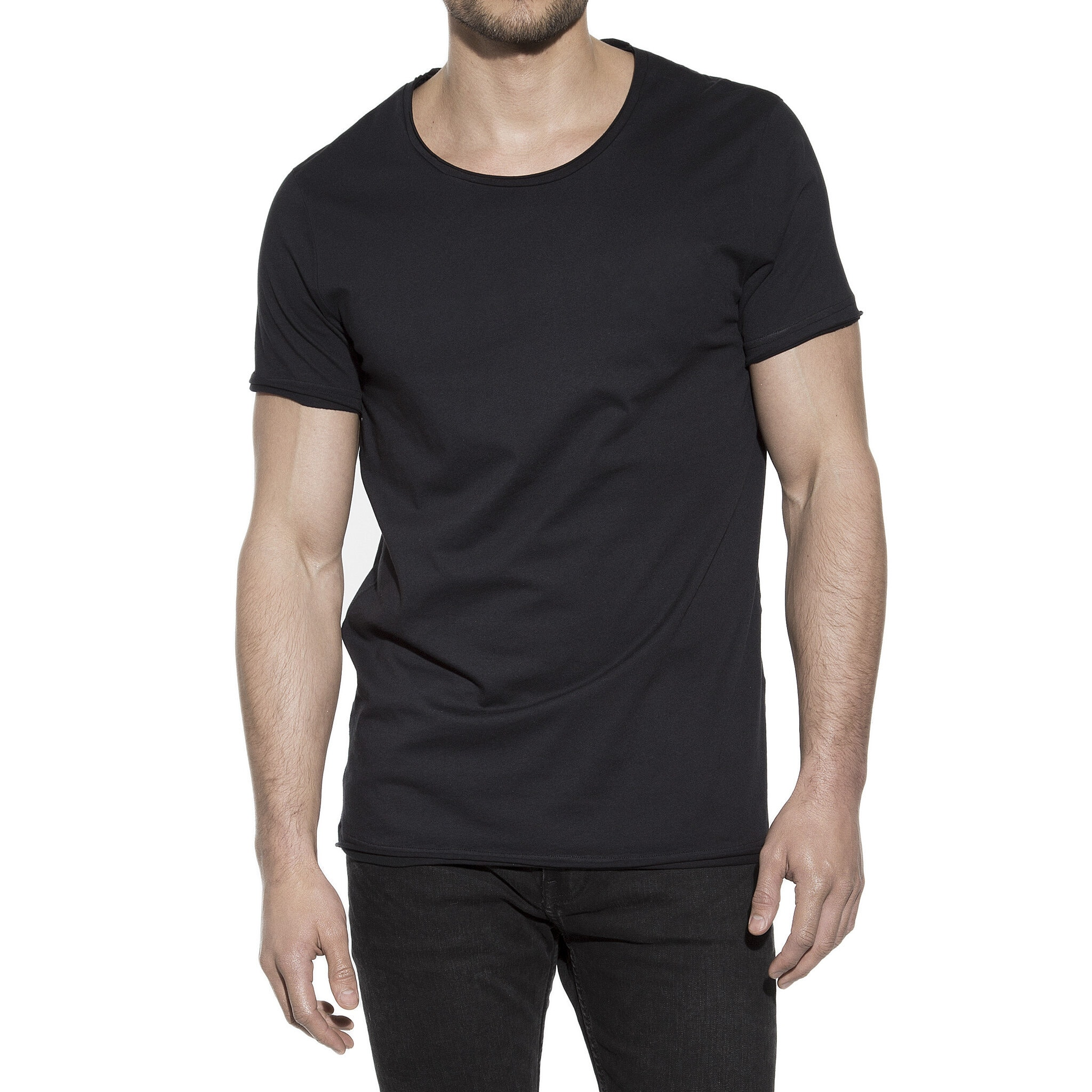 103202_Man_Crew-Neck_relaxed_black_1